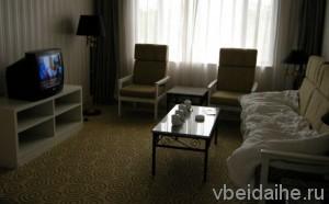 Гостиная в номере люкс