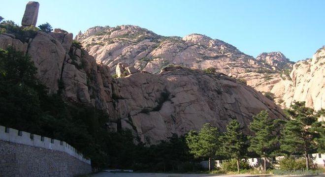 Живописный парк и ущелье «Гора долголетия»